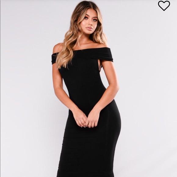 4a197246d5da ✨FINAL PRICE DROP✨ Off the Shoulder Dress